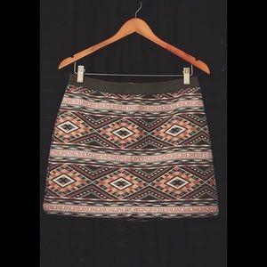 American Eagle NWOT Tribal Mini Skirt Size 4